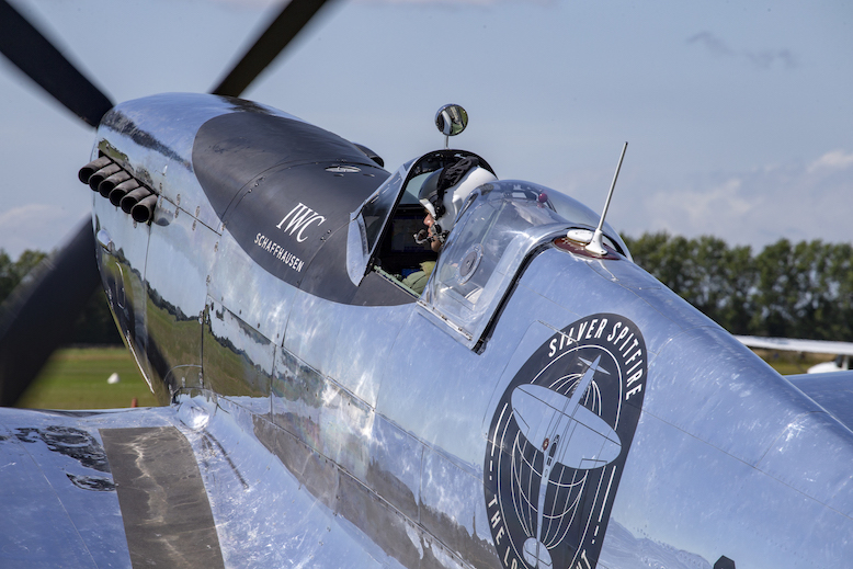 Silver Spitfire – The Longest Flight Takes to the Skies